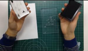 Empapar con tinta vuestro sello